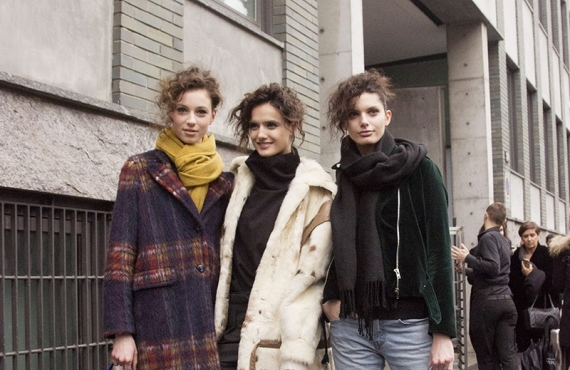 MILAN WOMEN'S FASHION WEEK- STREET STYLE